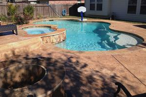 pool with hoop