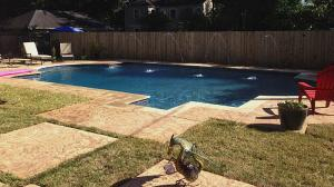 pool-with-sprinklers-3